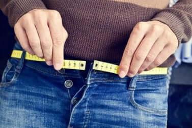 Feinde deiner Haut: abrupte Gewichtsschwankungen