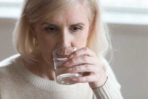 Wie sich die Ernährung auf Wechseljahrbeschwerden auswirkt