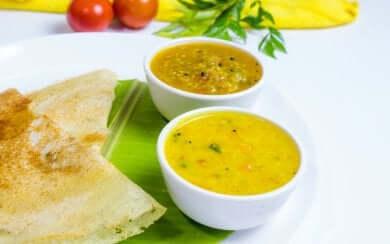Neue Rezepte für vegetarische Suppen: Indische Sambar-Suppe