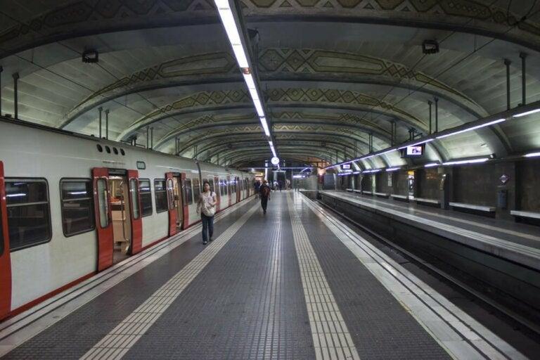 Schutz vor SARS-CoV-2 in öffentlichen Verkehrsmitteln