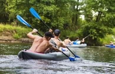 Sport für Paare: Kayak