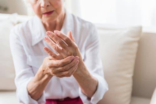 Rolle der Ernährung bei Athritispatienten. Abgeschlagenheit  vermeiden.