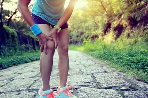 Läuferknie: Können Hausmittel helfen?
