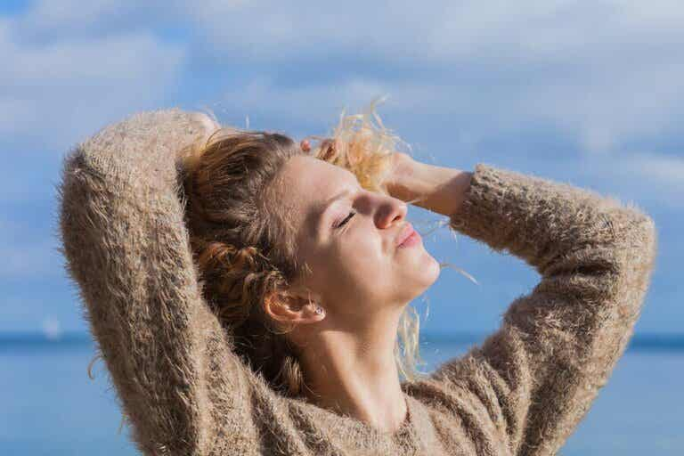 Haare vor der Sonne schützen: 5 Tipps