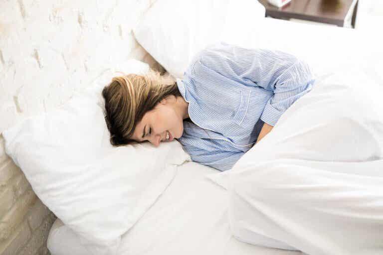 Menstruationsschmerzen mit Ingwer lindern
