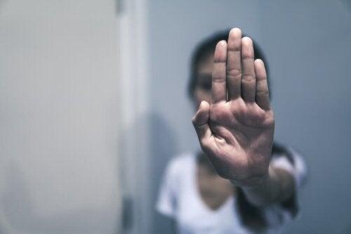 Verbaler Missbrauch: Beispiele und Empfehlungen