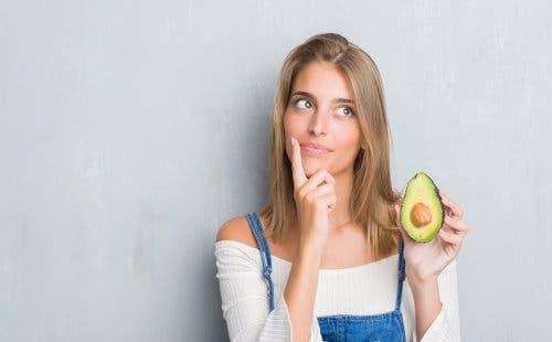 Avocado zum Schutz der Haare vor der Sonne