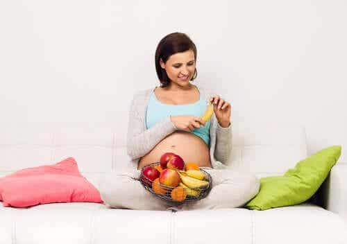 Zu viel Zucker in der Schwangerschaft: Mögliche Risiken