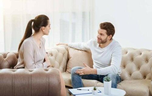 Mit Gesprächen die Beziehung retten
