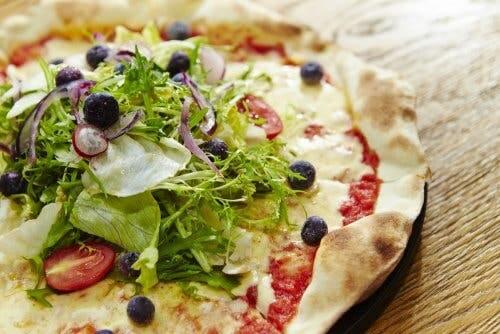 Zubereitung der Pizza napoletana