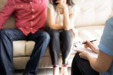 Die Ehe retten mit Paartherapie beim Psychologen
