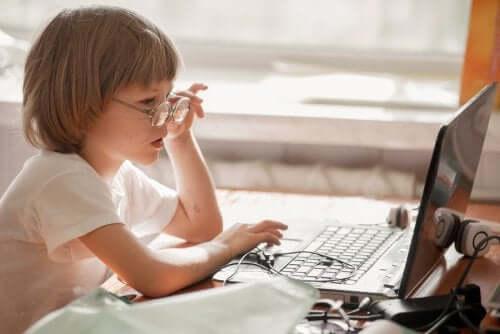 Kind hat soziale Phobie