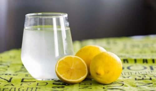 Zitrone gegen Verdauungsbeschwerden