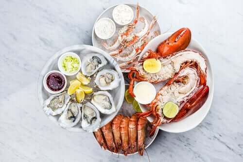 Cholesterin in Meeresfrüchten und anderen Lebensmitteln