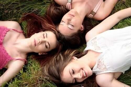 Synchronisieren Frauen ihre Periode?