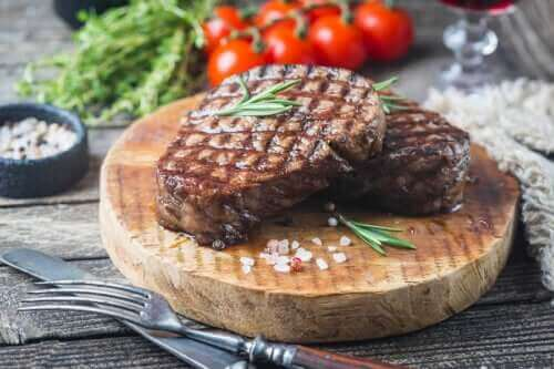 Wie viel Fleisch solltest du pro Woche essen?