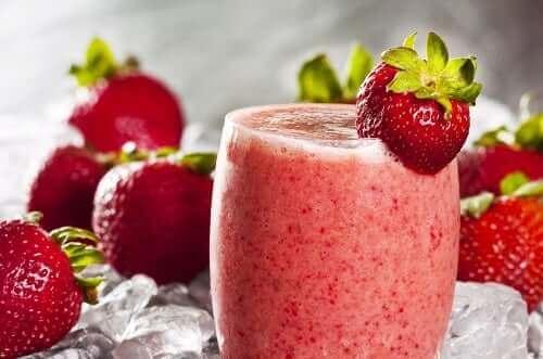 Haferflocken zum Frühstück - Erdbeersmoothie