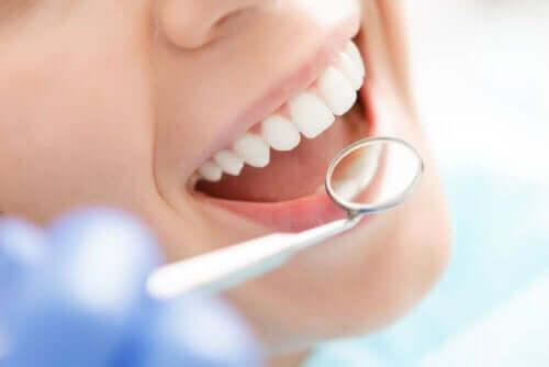 Hyaluronsäure in der Zahnheilkunde - Zahnkontrolle