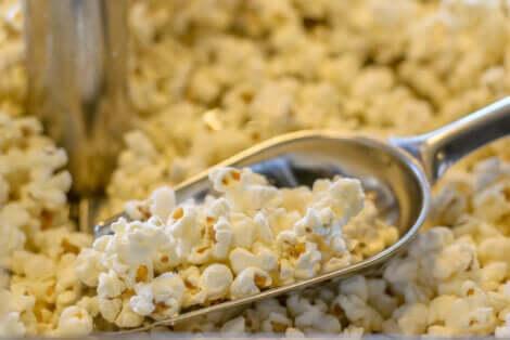 Popcorn - Eine Popcornschaufel