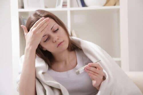 Hast du dich jemals gefragt, warum deine Körpertemperatur ansteigt, wenn du Fieber hast?