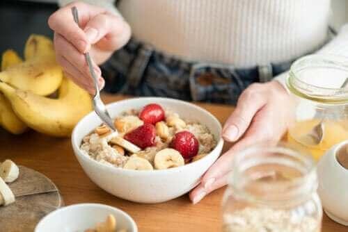 Ein kohlenhydratreiches Frühstück und seine Vorzüge