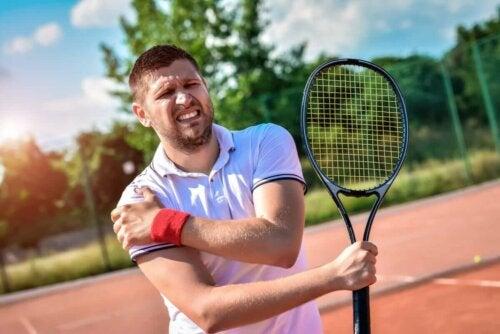 Schulter-Tendinitis - Tennisspieler