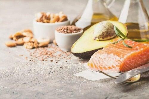 eine kohlenhydratarme Ernährung - Omega-3-Fettsäuren