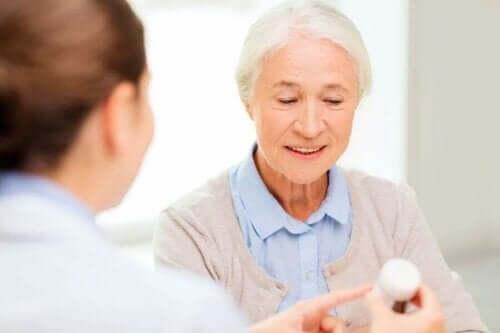 Durchfall nach Antibiotika sollte stets durch einen Arzt abgeklärt werden