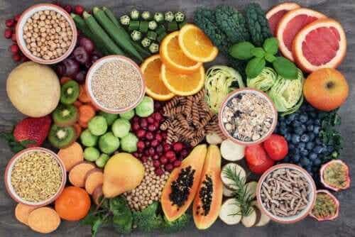 Was bewirken zu viele Ballaststoffe im Körper?