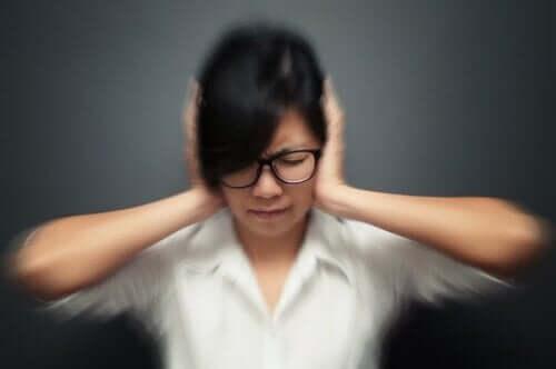 5 Gewohnheiten, die einen Migräneanfall auslösen können
