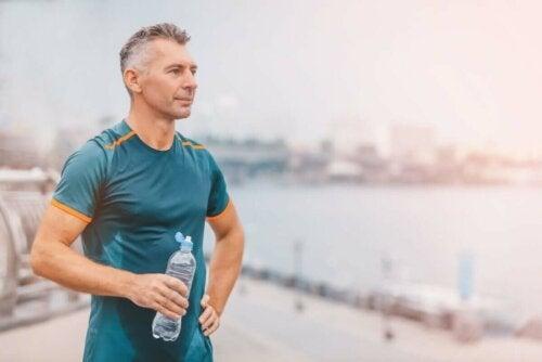 Es empfiehlt sich, Sport zu treiben, um der Immunalterung entgegenzuwirken
