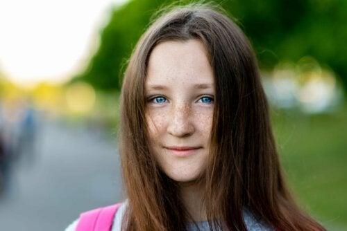 Mädchen mit Veränderung der Augenfarbe