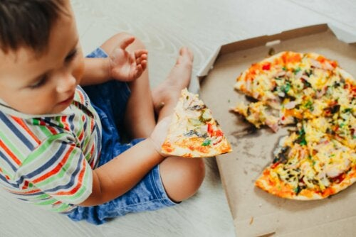 Gastritis bei Kindern durch Fastfood