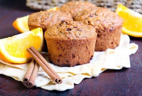 Muffins mit Orange und Zimt