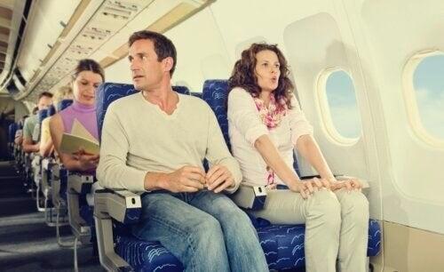 Hodophobie oder Reiseangst: Warum tritt sie auf und wie kann man sie überwinden?