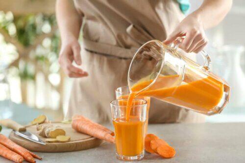 leckerer Karotten Smoothie