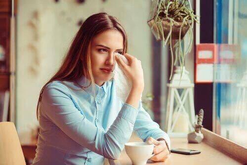Wenn eine Beziehung zu Ende geht, ist es völlig normal, traurig zu sein