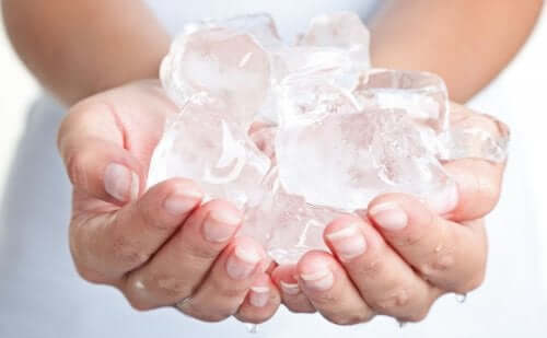 Verwende Eis bei Beginn der Wehen