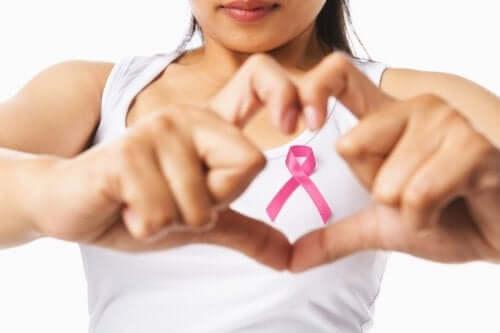 3 Vorschläge, wie du mit Brustkrebs umgehen kannst