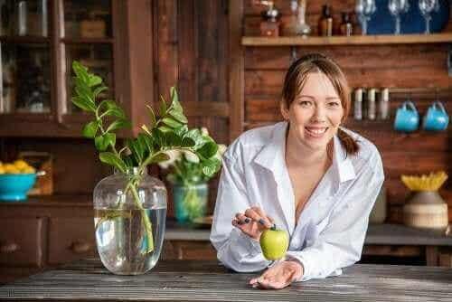 Sodbrennen mithilfe von Äpfeln lindern: 3 Rezepte für zu Hause