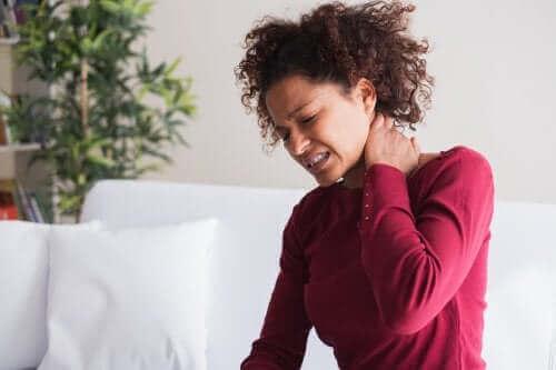 5 entspannende Behandlungen bei Torticollis oder einem steifen Nacken