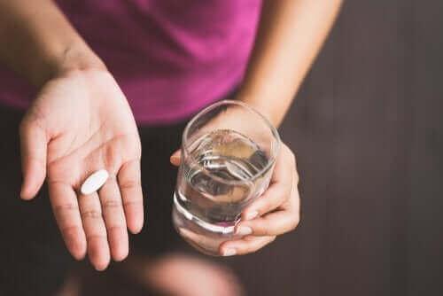 Stillen und Medikamente sind vereinbar