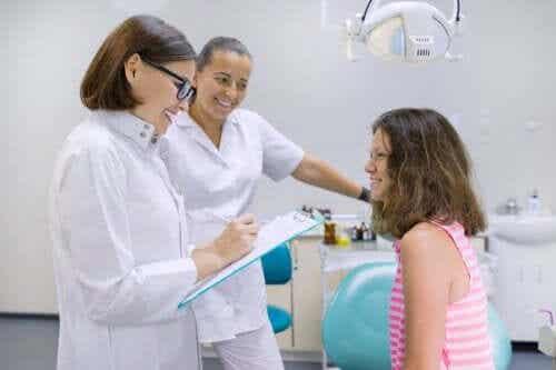 Gesundheit von Jugendlichen: Auf diese Warnsignale solltest du achten!