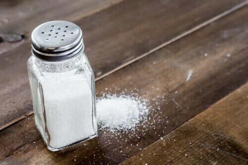 Weniger Salz wenn du Blutdruckprobleme hast