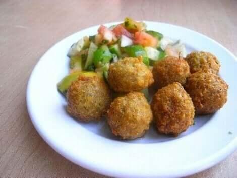 Quinoa-Kichererbsen-Frikadellen
