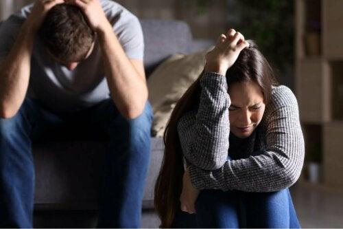 Selbstzerstörerisches Verhalten kann die Partnerschaft belasten