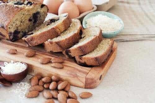 So kannst du köstliches Kokos-Mandel-Brot zubereiten