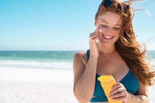 5 Tipps, um deine Haut zu pflegen und Sonnenbrand zu vermeiden