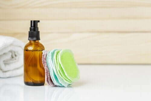 Wiederverwendbare Kosmetikpads selbst machen
