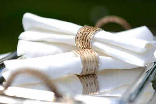 Serviettenringe selbst herstellen: 6 Ideen